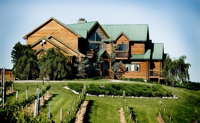 Elk Creek plays host to an art gallery, café, hunt club, bed and breakfast, and more.