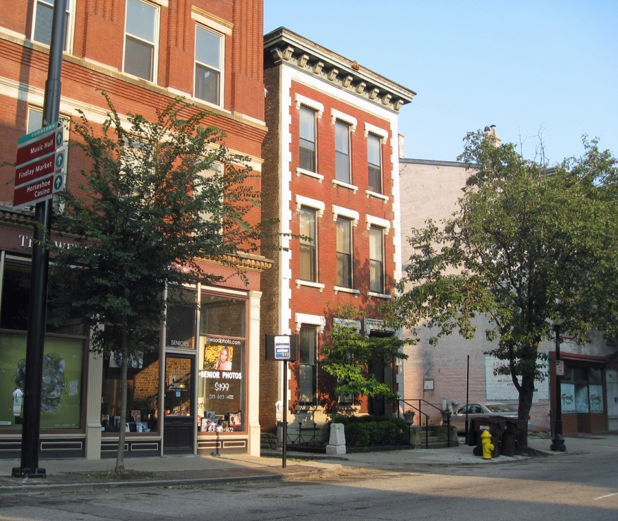 Now subdivided into condominiums, the handsome building at 815 Elm Street was once a brothel run by Kate Bennett. Originally listed as 297 Elm, the building was renumbered along with all other Cincinnati addresses in 1896.