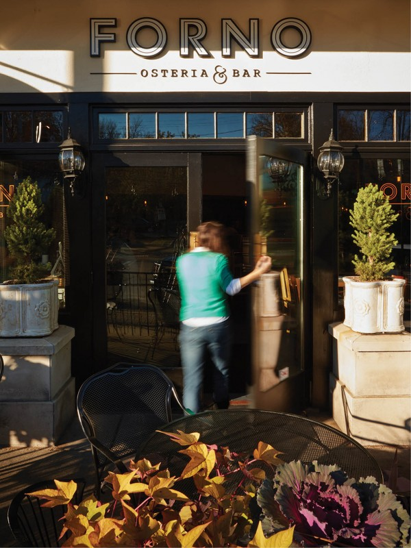 Forno Osteria + Bar in East Hyde Park