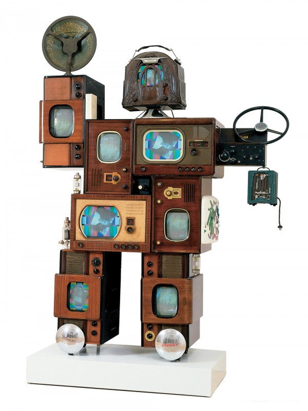 """Art by Nam June Paik; Powel Crosley, Jr., 1992; mixed media (parts from a variety of Crosley products); 96"""" x 68"""" x 24""""; Collection of Cincinnati Art Museum; John J. Emery Endowment and The Edwin and Virginia Irwin Memorial, 1992.140; ©The Estate of Nam June Paik"""