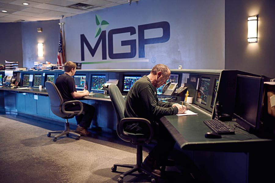Monitoring the distillation process in the MGP control room