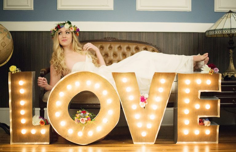 Guest Gallery: Vintage Romance Styled Shoot