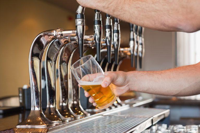 Intern's Picks: Top 5 Bars for Craft Beer Variety