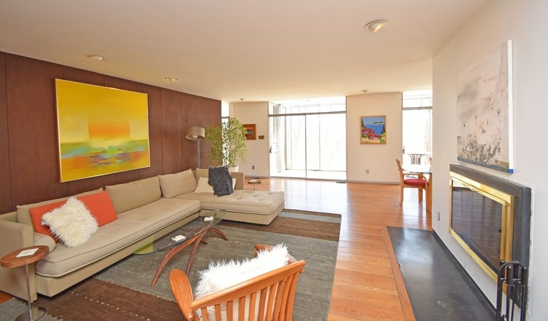On The Market: A Mid-Century Extravaganza in Clifton