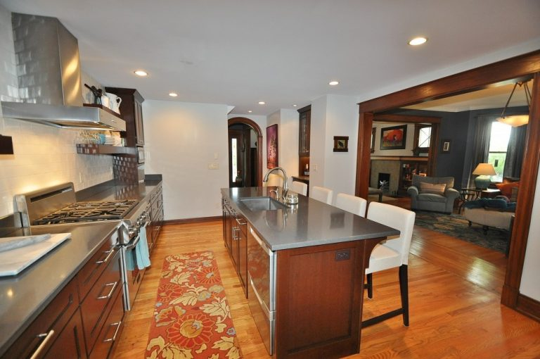 On The Market: An Upscale Erie Avenue Renovation