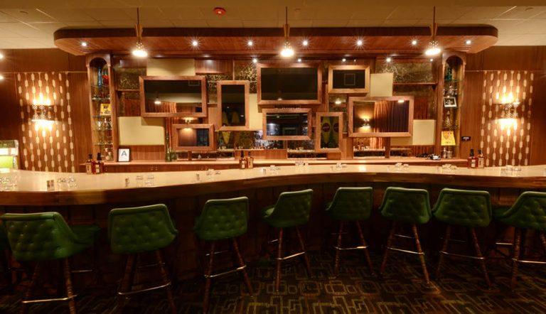 Bourbon Bonanza: The Evan Williams Experience