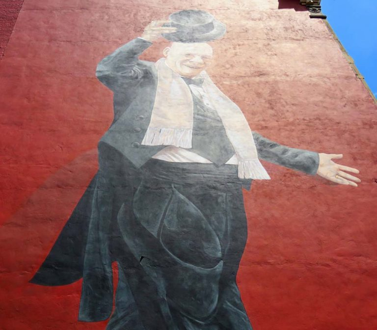 Art & History Collide with ArtWorks Mural Tours