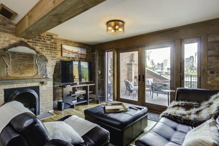On The Market: A Crazy-Beautiful Covington Row House