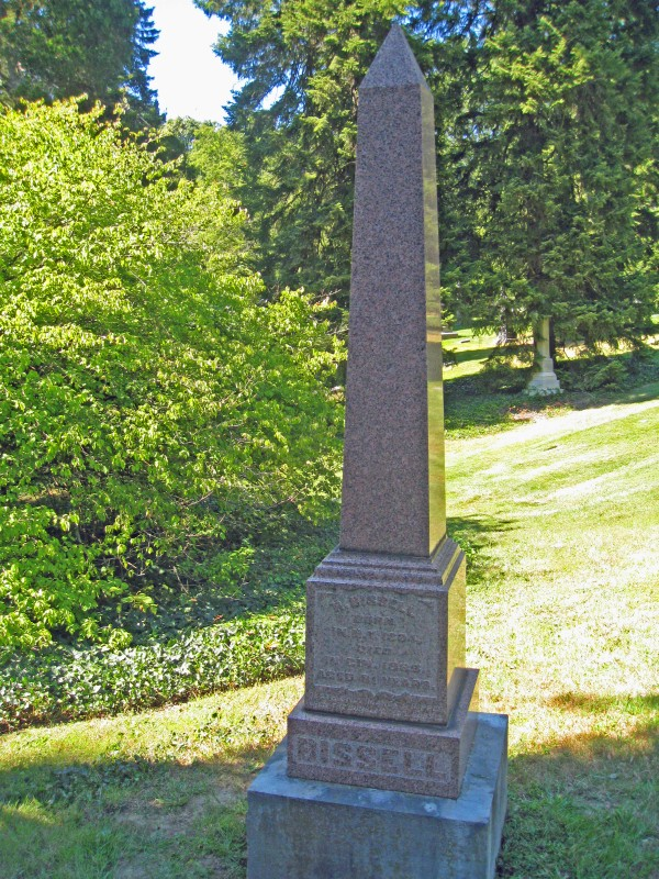 Richard Bissell's headstone in Spring Grove Cemetery