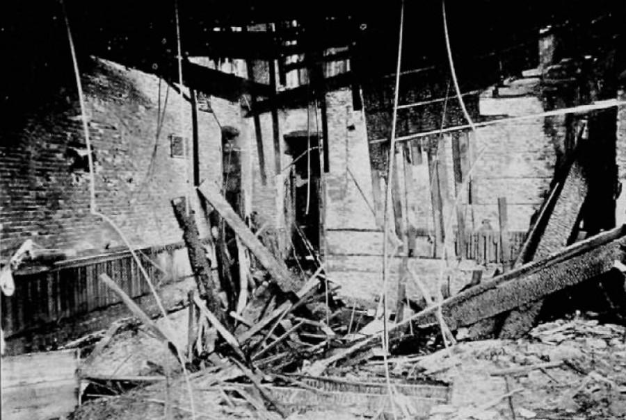 Wreckage inside the University of Cincinnati building after the November 1885 fire.