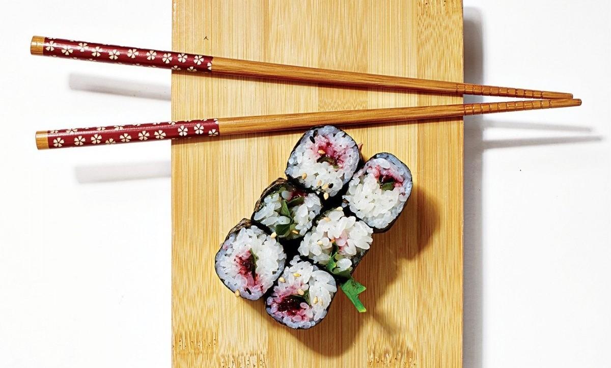 Umeshiso Maki sushi