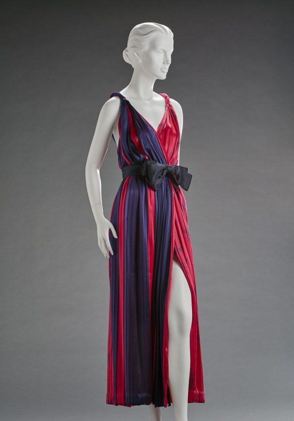 Bill Blass, designer (American, 1922–2002), evening dress, 1980s, silk chiffon, L: 31-1/2 in.