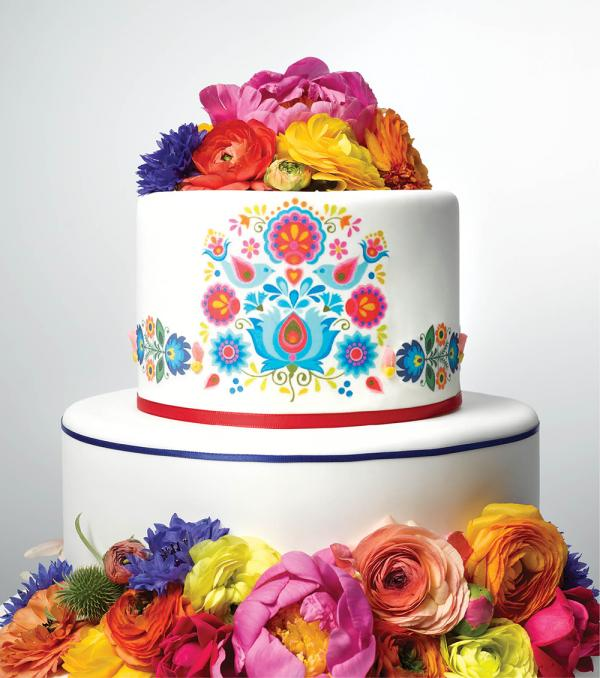 CW_SUM16_FEATURES_FolkArt_Cake