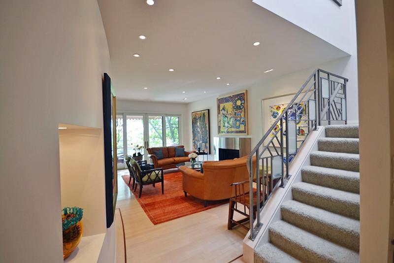 On The Market An Updated Mt Adams Contemporary