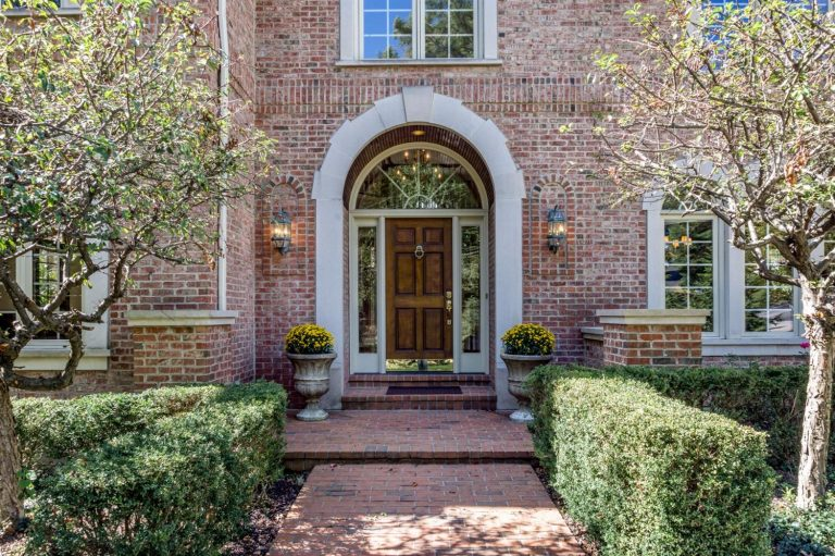 On The Market: A Riverside Abode in Columbia-Tusculum