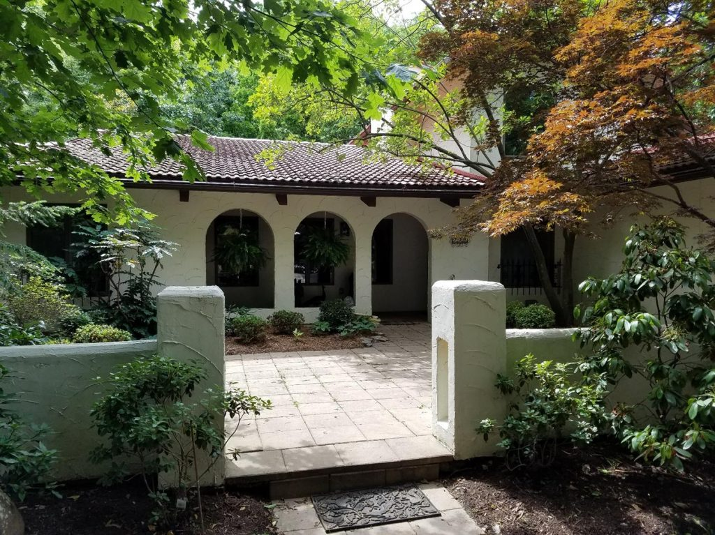 On The Market A Spanish Hacienda Style Home In Glendale